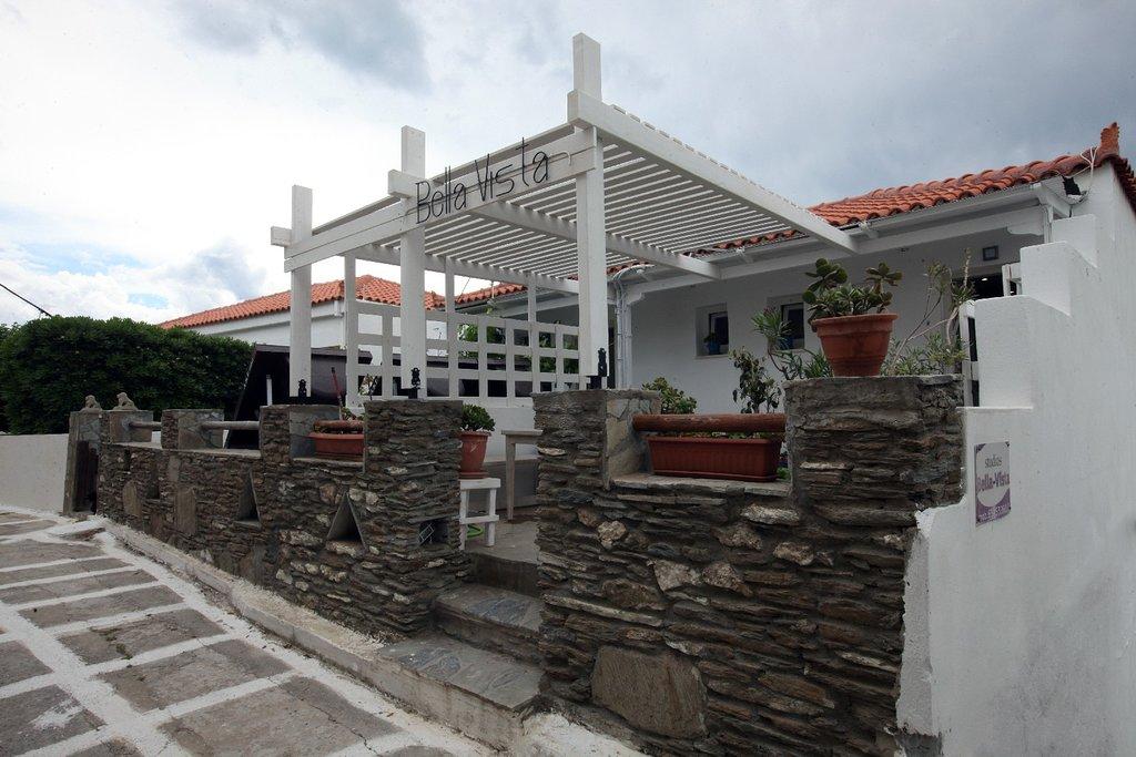 Apartments-Accommodation-Batsi-Andros